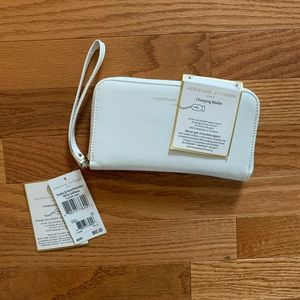 Adrienne Vittadini Charging iPhone Wristlet White